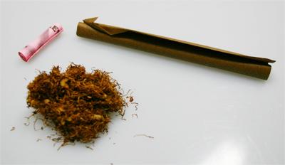 Tabak Filter und ein Blunt