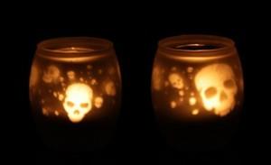 Teelichter mit Totenkopf