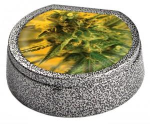 Metall-Aschenbecher Bud